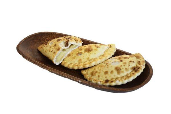 Empanada de Queso y Cebolla en Tienda Inglesa