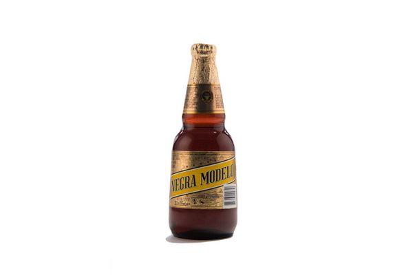 Cerveza NEGRA MODELO Importada 355cc en Tienda Inglesa