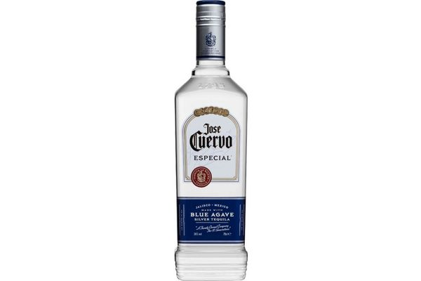 Tequila JOSE CUERVO Plata 750 ml en Tienda Inglesa