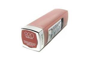 Labial  Color Sensational Nude lust MAYBELLINE 920 en Tienda Inglesa